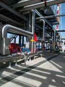 管道保温施工图片-不锈钢板防护工艺